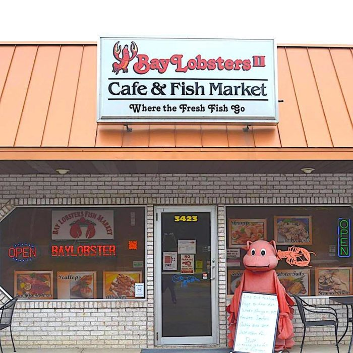 The 10 best local supermarkets in the state of ohio for Fish market cincinnati