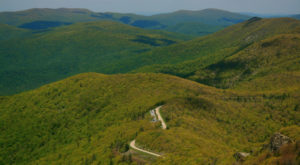 The Breathtaking Skyline Drive Will Show You Virginia Like Never Before