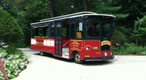 The Minnesota Wine Trolley Tour You'll Absolutely Love