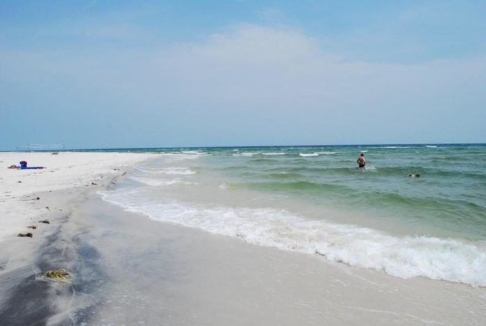 11 Of The Best Places To Go Swimming In Mississippi