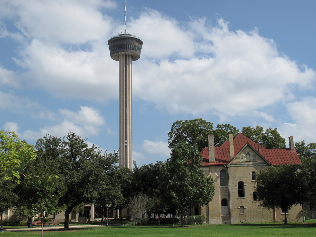 Chart House In San Antonio Is The Tallest Restaurant In Texas