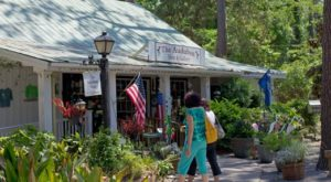 You'll Absolutely Love A Day Trip To This Charming Village In South Carolina
