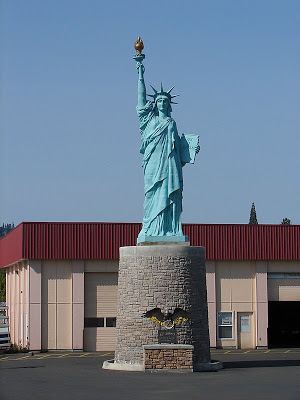 Pearl River Wholesale >> Milwaukie, Oregon Has Its Own Statue of Liberty