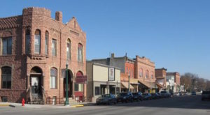 9 Slow-Paced Small Towns in South Dakota Where Life Is Still Simple