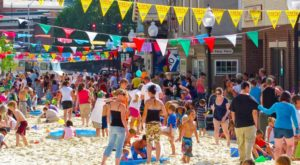 This Tiny Massachusetts Town Turns Into A Beach Once A Year And It Looks Epic