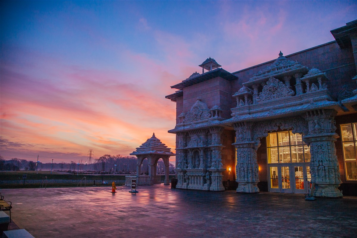 this beautiful hindu temple in new jersey is the only one