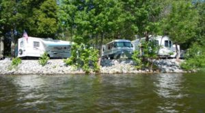 7 Spectacular Spots In Kentucky Where You Can Camp Right On The Lake