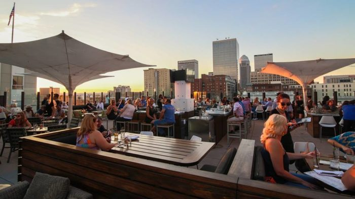 12 kentucky restaurants with the most amazing patios for Fish restaurants louisville ky