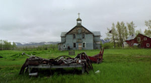The Creepiest Ghost Town In Alaska Is The Stuff Nightmares Are Made Of