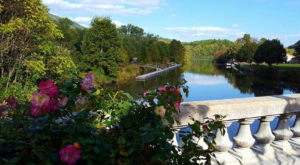 A Trip Across This North Carolina Flower Bridge Will Make Your Spring Complete