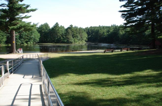 The Little Known Pond In Rhode Island That 39 Ll Be Your New Favorite Destination