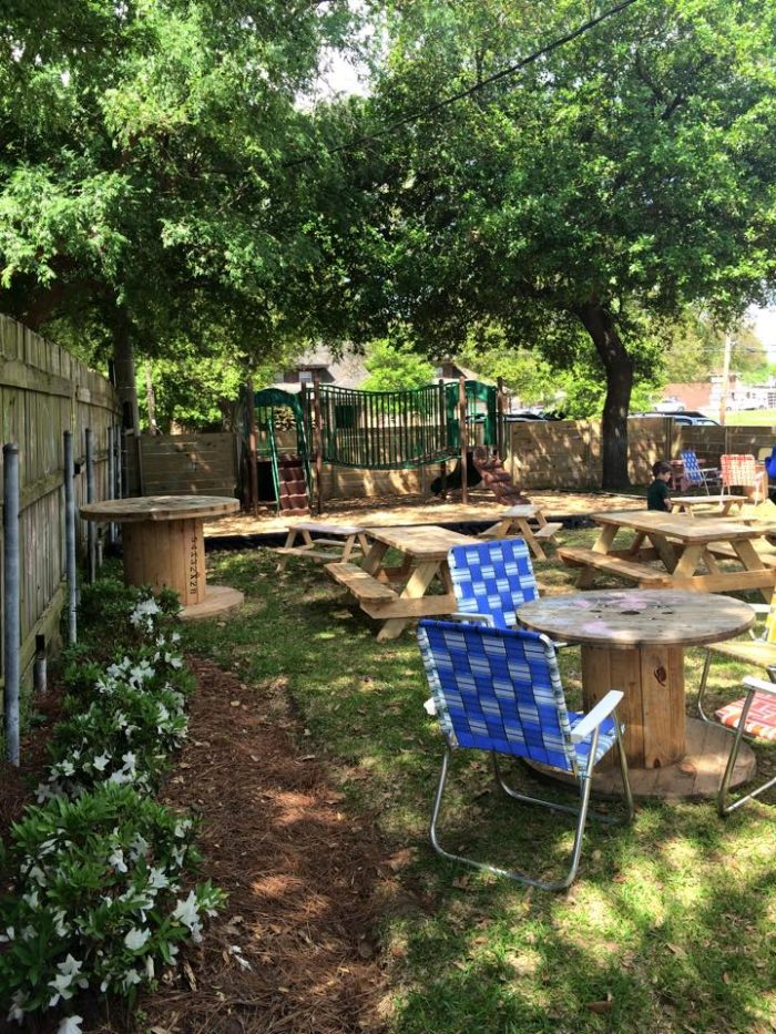 15 louisiana restaurants with the most amazing outdoor patios you ll