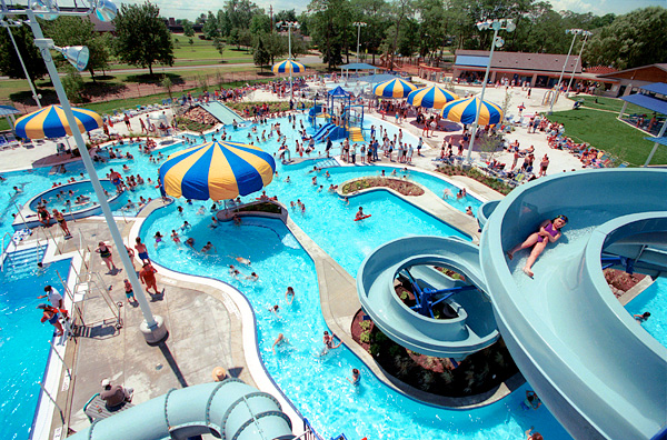 The 14 best most fun waterparks in the state of ohio for Cleveland high school swimming pool
