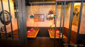 You've Never Eaten Anywhere Quite Like This Jail-Themed Restaurant In Nevada