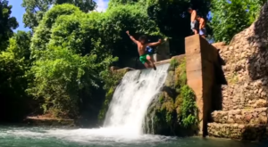 There's An Epic Waterfall Hiding In This Texas River And You Have To Visit This Summer
