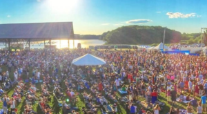 You Won't Want To Miss The First Ever Lobster Roll Festival In Maine