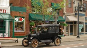 This Charming Town Just Outside Of Buffalo Is A Must Visit