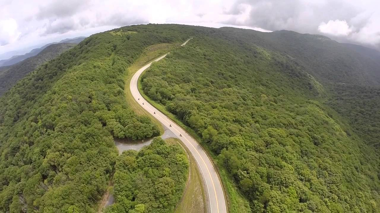 Why Everyone Should Drive The Cherohala Skyway In North