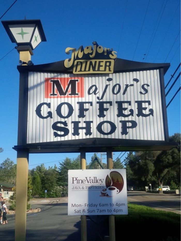 Most people don 39 t know the little town of pine valley for Small towns in southern california