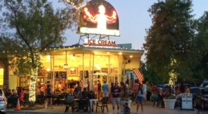 A Trip To This Epic Ice Cream Factory In Northern California Will Make You Feel Like A Kid Again