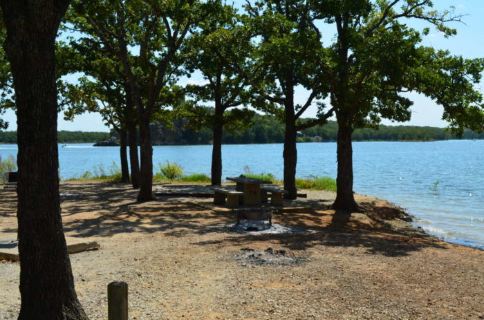 This Lakeside Campground In Oklahoma Will Be Your New