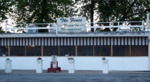This Drive-In Restaurant In Pennsylvania Will Make You Nostalgic For Simpler Times