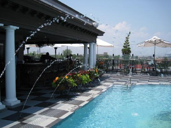 Market Pavilion Bar Is The Best Rooftop Restaurant In