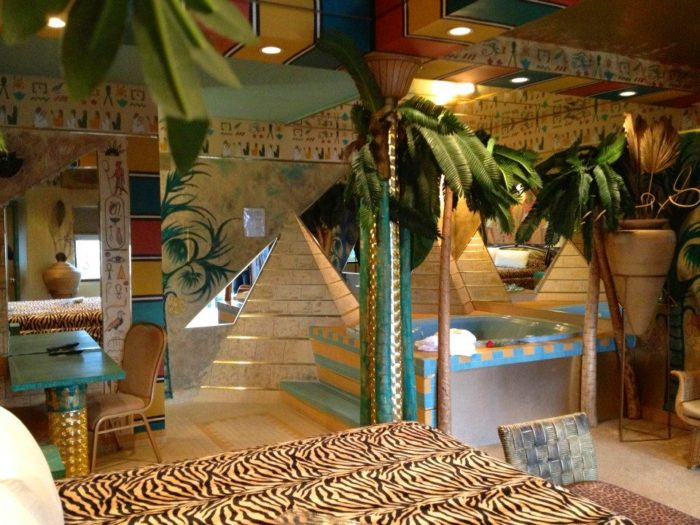 Feather Nest Inn Is A Themed Hotel In The Middle Of