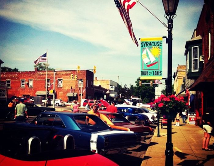 Syracuse Is The Most Naturally Beautiful Town in Indiana