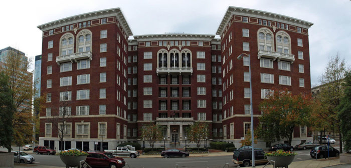 The Tutwiler Is Located In Downtown Birmingham At 2021 Park Place Even Though This Upscale Hotel Has Been Renamed Hampton Inn Suites