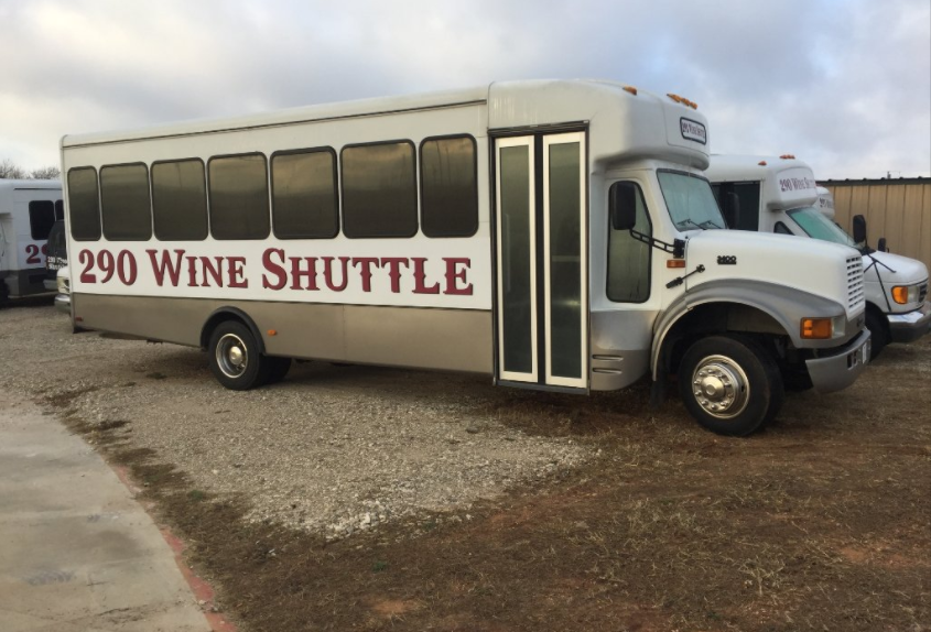 The Texas Wine Trolley Tour You'll Absolutely Love