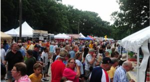 The Epic Outdoor Food Fest In Iowa You Simply Cannot Miss