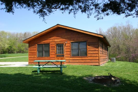 10 Iowa State Park Cabins To Rent For The Perfect Weekend -1362