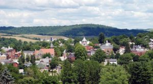 10 Tiny Towns In Pennsylvania That Come Alive In The Summertime