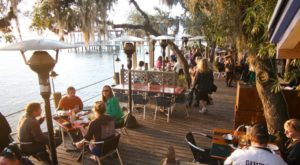 Try These 10 Florida Restaurants For A Magical Outdoor Dining Experience