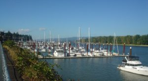 These 6 Charming Waterfront Towns Near Portland Are Perfect For A Day Trip