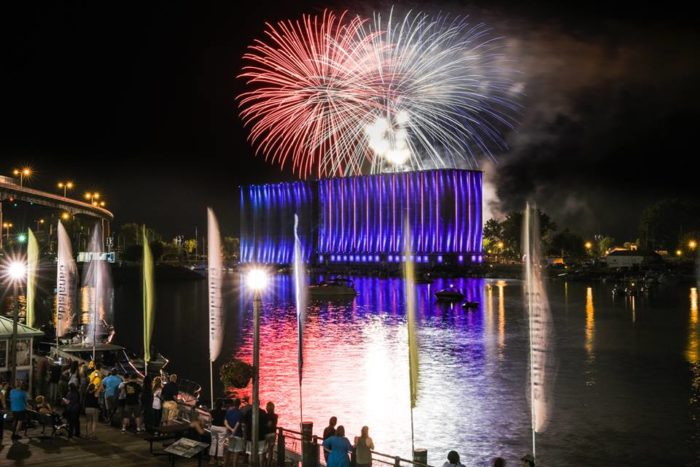 Paul Smith Usa >> The Best 4th Of July Fireworks Shows In New York In 2017- Cities, Times, Dates