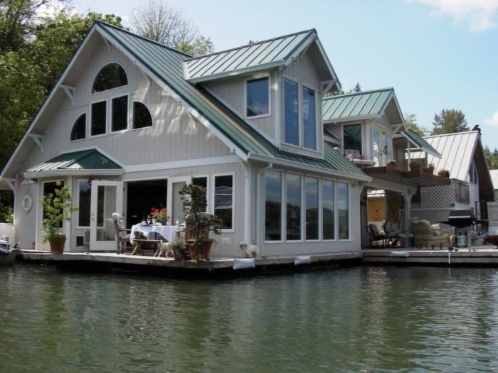 These floating homes near portland are the ultimate place Portland floating homes