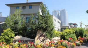 8 Fantastic Factory Tours You Can Only Take In Oregon