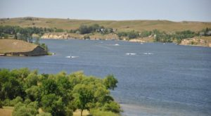 The Underrated North Dakota Lake That's Perfect For A Summer Day