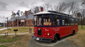 The Virginia Wine Trolley Tour You'll Absolutely Love