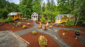 There's A Tiny Village Hiding In The Middle Of An Oregon Forest Most People Don't Know About