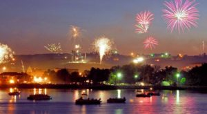 You Won't Want To Miss These Incredible Fireworks Shows In South Dakota This Year