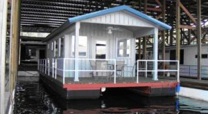 These Floating Cabins In Arkansas Are The Ultimate Place To Stay Overnight This Summer