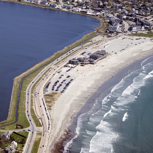 Rhode Island Beaches: Easton's Beach: The Rhode Island Beach That's Unlike Any