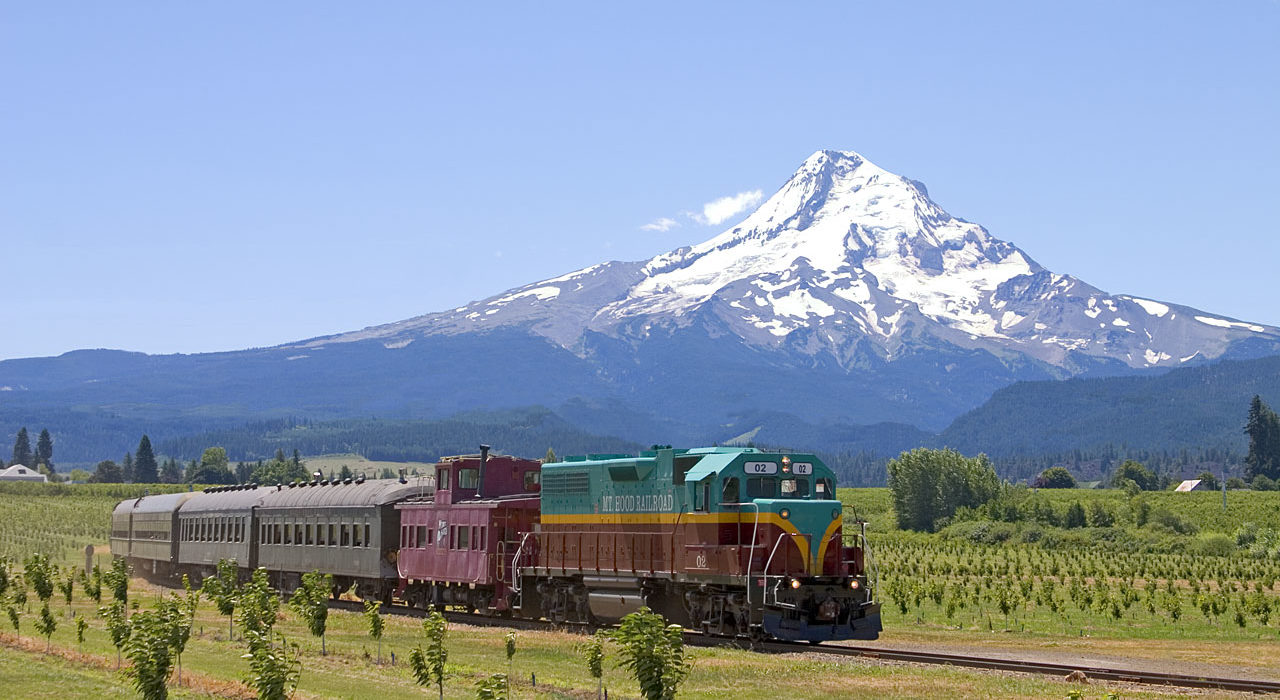 Mt Hood Railroad Is The Portland Area S Best Mountain Train