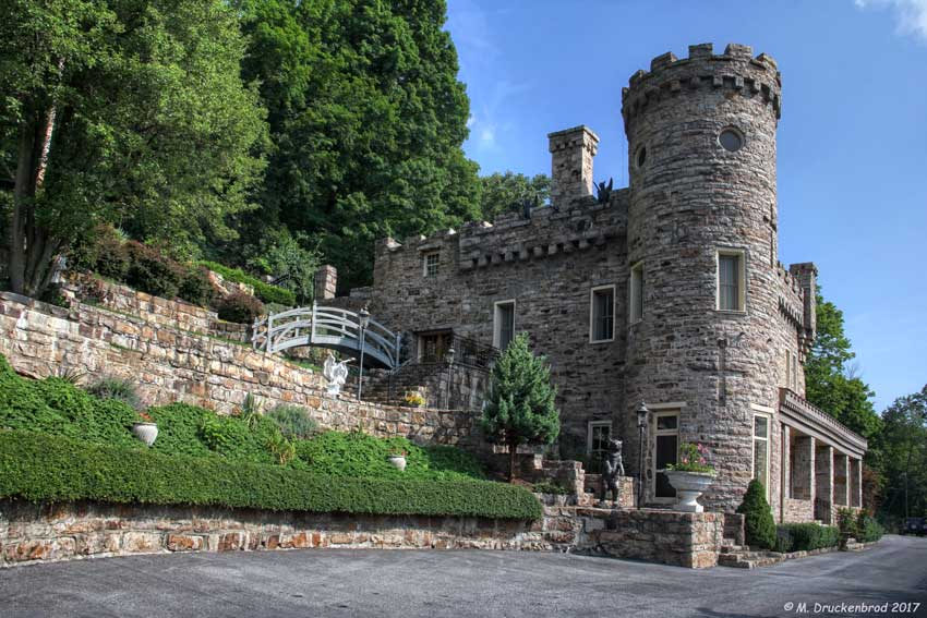 Berkeley Springs Is One Of The Best Towns For A Day Trip