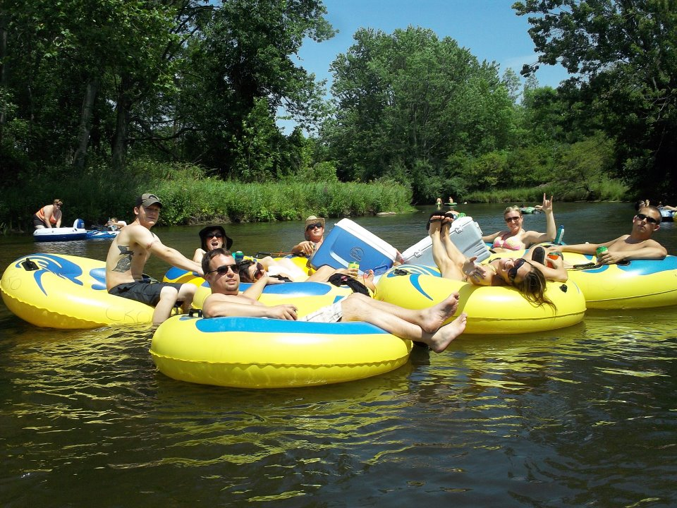 9 Best Lazy Rivers For Summertime Tubing In Michigan