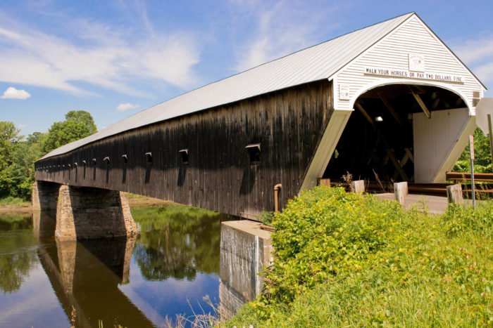 Middle Covered Bridge (Woodstock, VT) - We went in the ... |New England Covered Bridges Tour