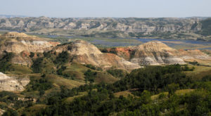 Get Your Outdoor Fix At These 10 State Parks In North Dakota